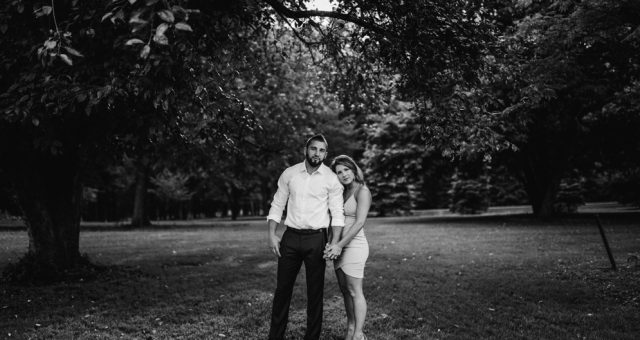 Katelyn + Corey - Hartwood Acres Engagement Session