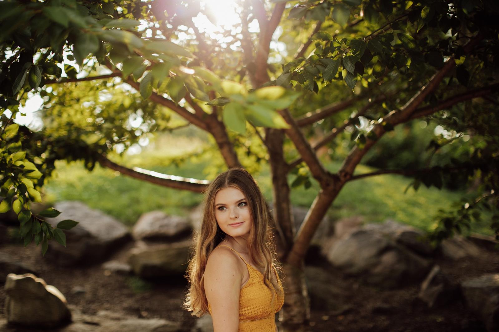 High School Senior Portraits Photographer Pittsburgh Mellon Park