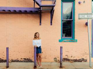 Ava's Pittsburgh Senior Session - Downtown Sewickley